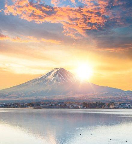 富士山と朝日の写真